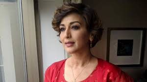 Sonali Bendre and other Celebrities on World Cancer Day