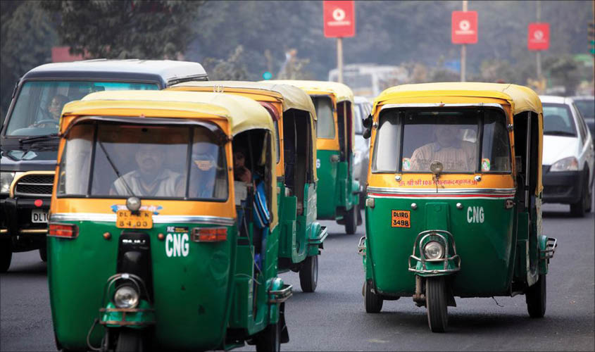 Drive launched by Ghaziabad police against illegal autos, 320 seized in 2 days